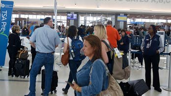 Record number of fliers expected at airports through Thanksgiving holiday