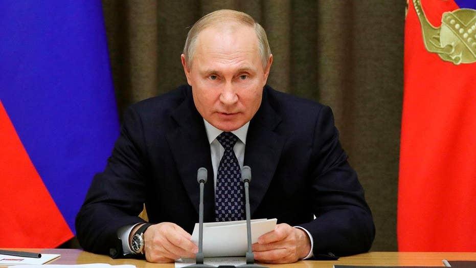 Democrats pivot back to Russia in impeachment inquiry