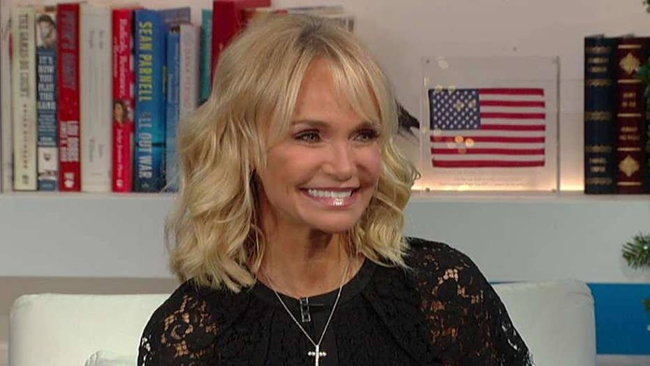 Kristin Chenoweth opens up on being a Christian in Hollywood ahead of holiday special