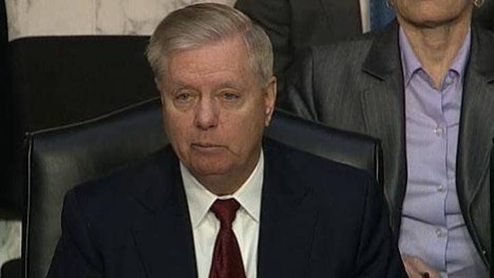 Sen. Graham: FBI never made any effort to brief Trump about campaign problems