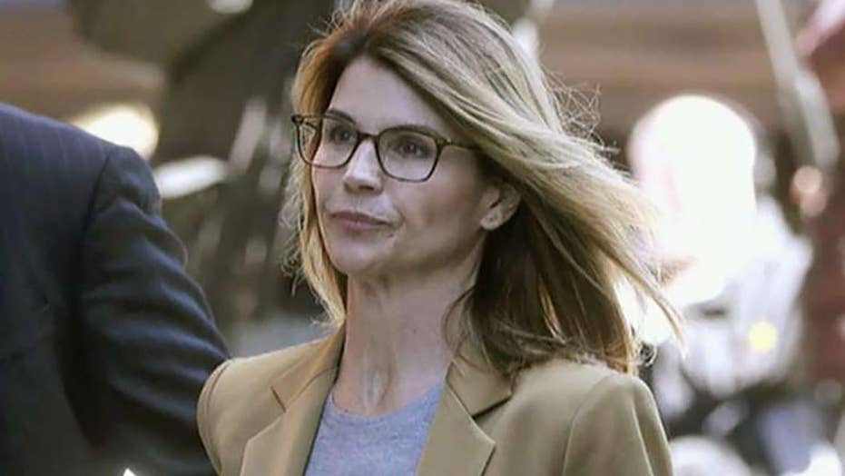 Loughlin accuses federal prosecutors of withholding evidence in college admissions scandal