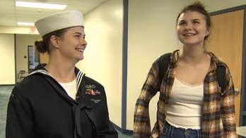 US Navy sailor returns home, surprises sister at Arizona high school