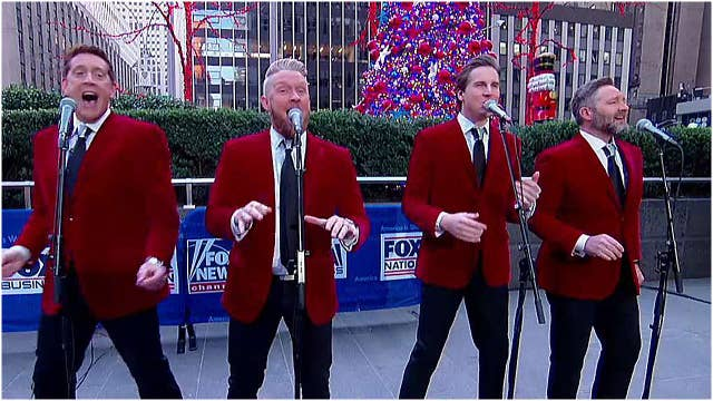 Ernie Haase & Signature Sound celebrate Christmas Eve on Fox Square