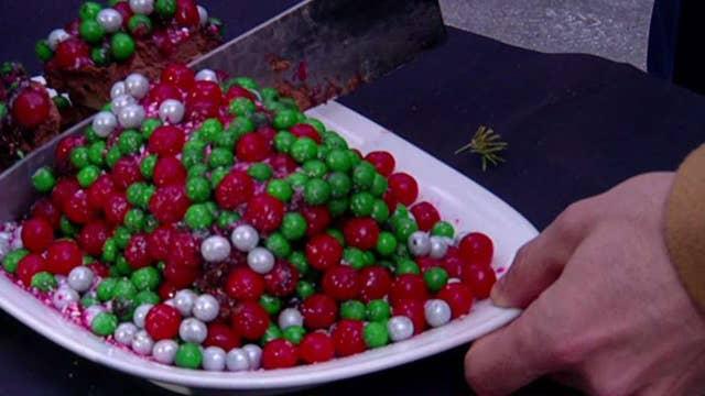 Chef David Burke cooks up Christmas desserts on FOX Square