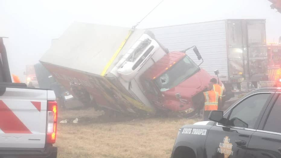 Texas fog causes multiple highway crashes