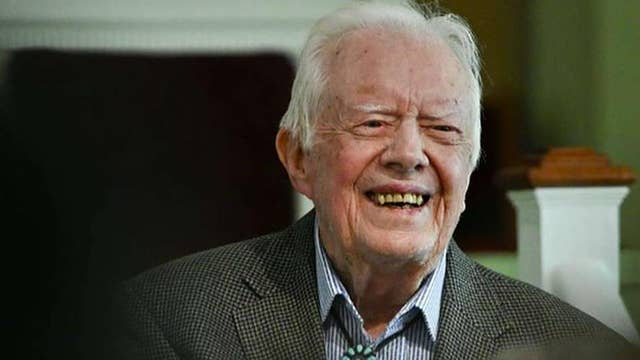 Former President Carter returns to church since having brain surgery