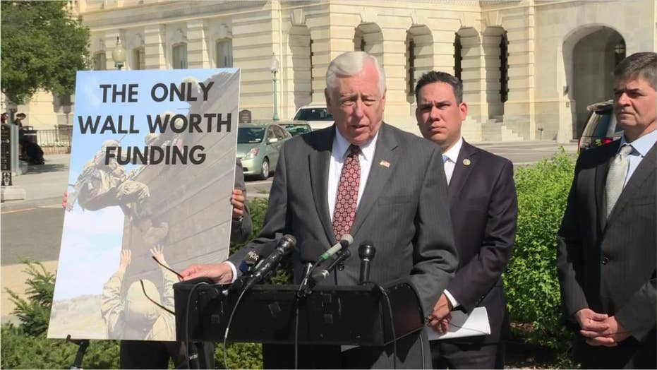 House Majority Leader Steny Hoyer's memo doesn't focus on Trump impeachment