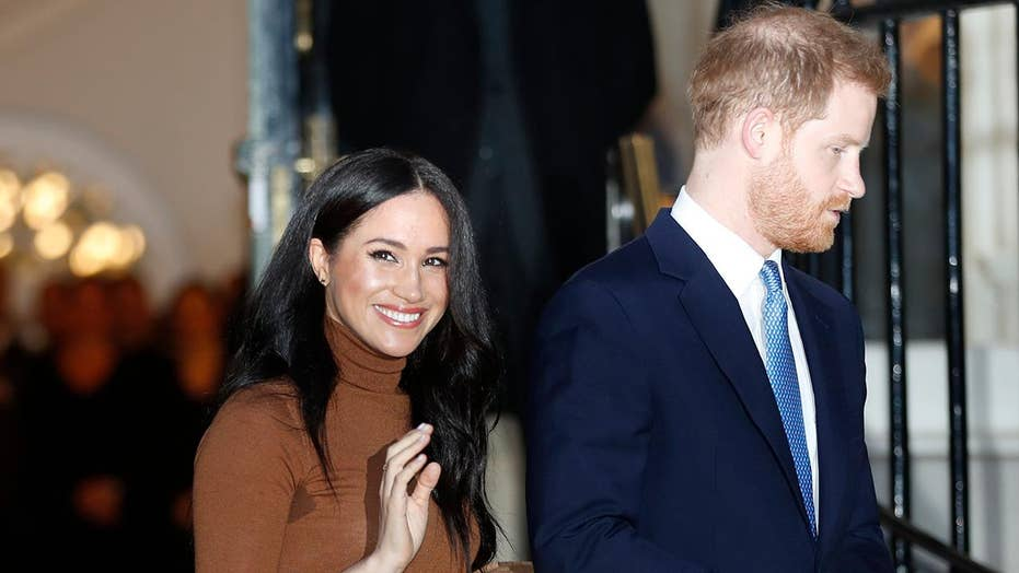 Social media reacts to Harry, Meghan stepping back as senior royals
