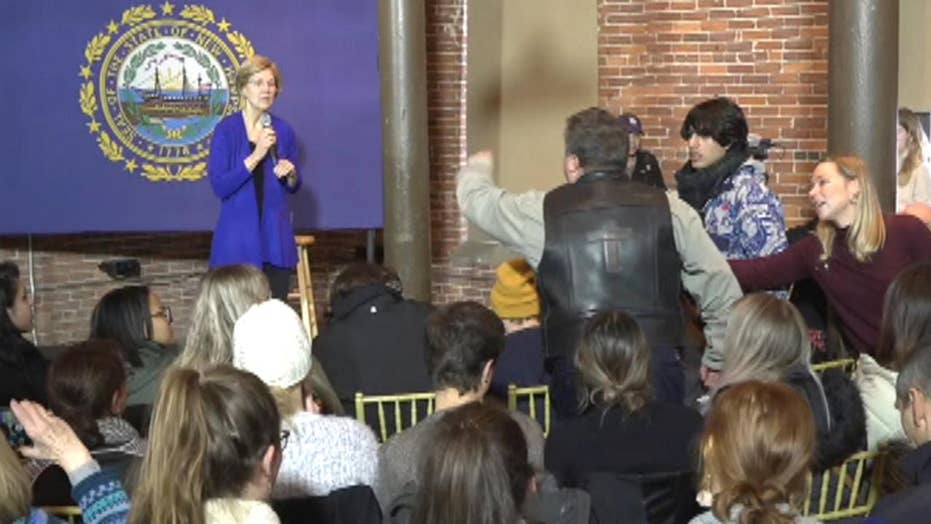 Angry man interrupts Elizabeth Warren event and is promptly escorted away