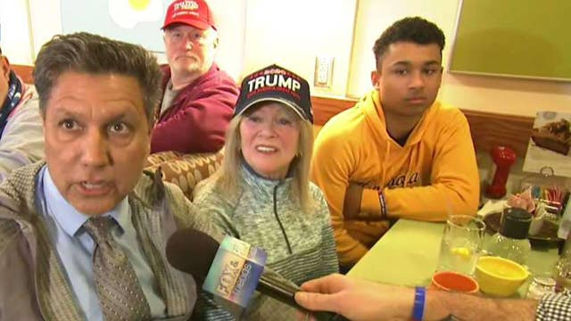 Breakfast with 'Friends': Minnesota voters give their take on 2020 race
