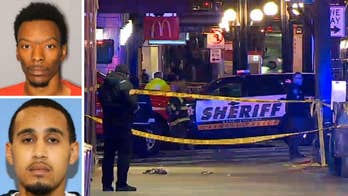 Manhunt underway after deadly shooting in Seattle