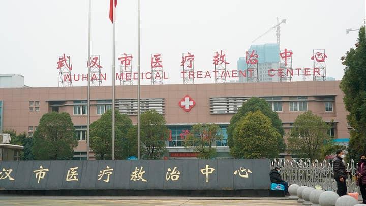 China quarantines whole cities to control coronavirus