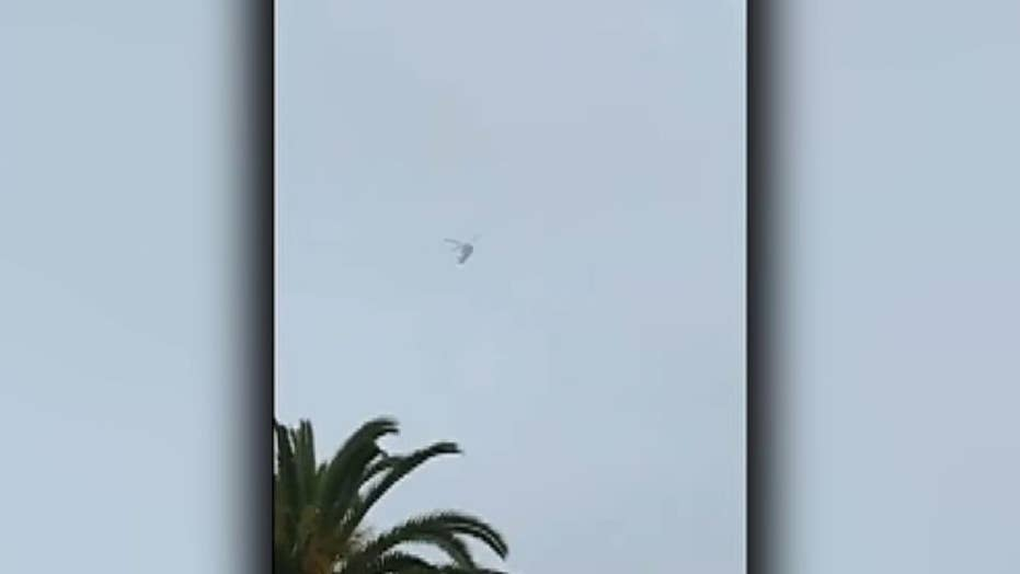 Raw video: Helicopter carrying Kobe Bryant seen circling above Glendale shortly before crash