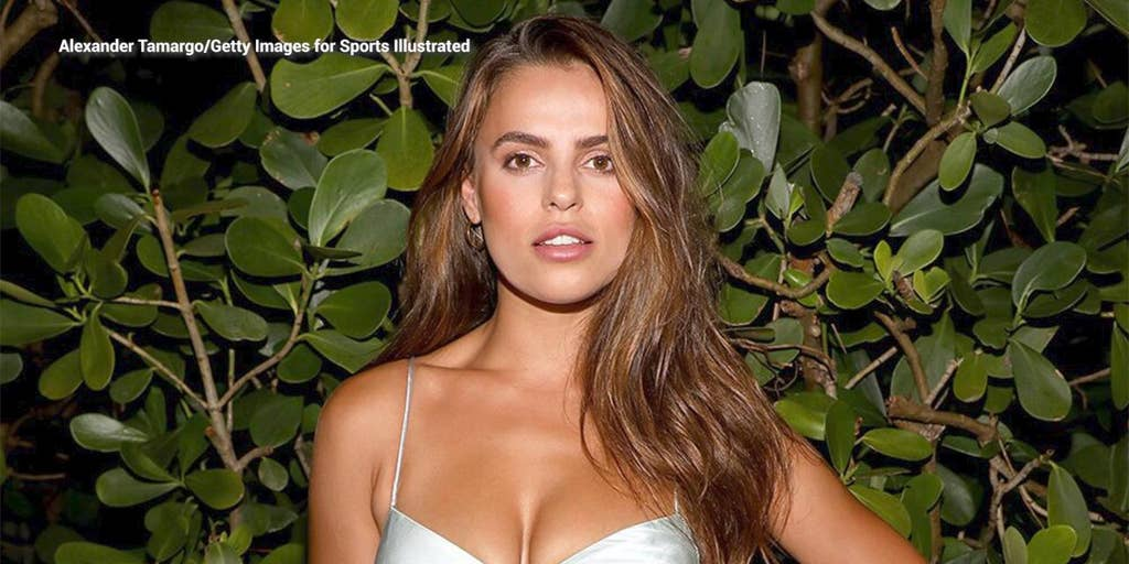 Si Swimsuit Model Brooks Nader Says She Ate Chicken Tenders And French Fries The Weekend Before Her Shoot Fox News