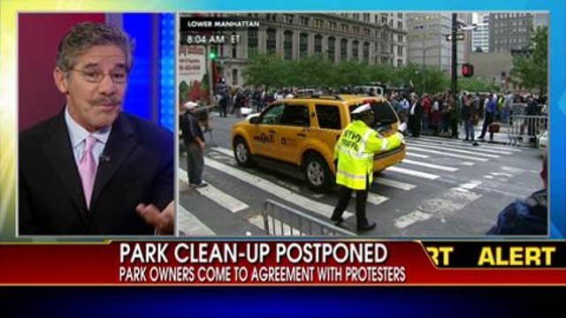 New York's Zuccotti Park Postpone Cleaning That Would Have Forced Occupy Wall Street Protesters Out