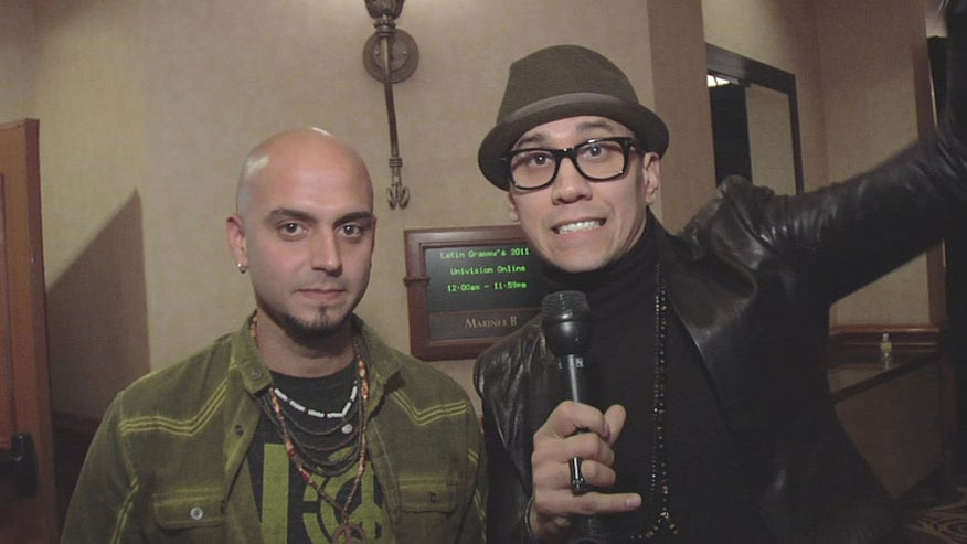 Backstage at the 2011 Latin Grammy with Taboo from the Black Eyed Peas and Sie7e.