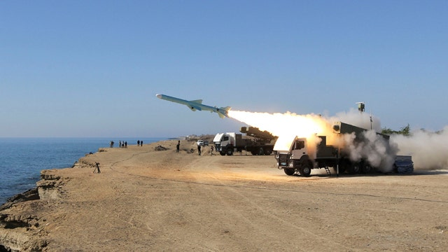Iran warns foreign planes, ships during war games
