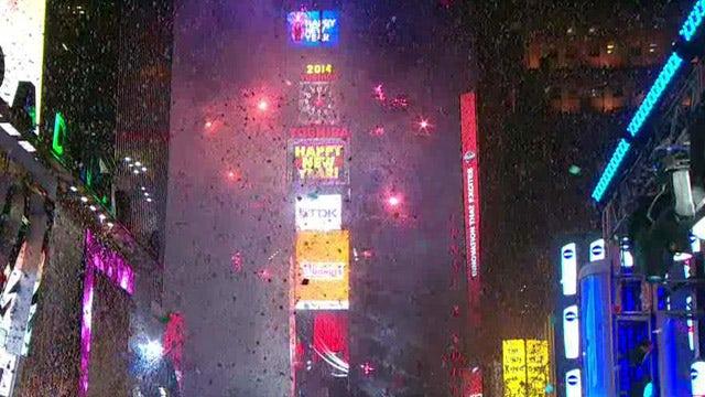 Revelers ring in 2014 in New York's Times Square