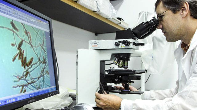 'Nightmare' scenario? CDC warns of drug-resistant bacteria
