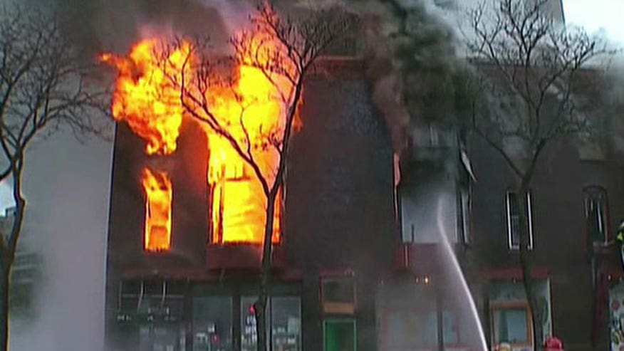 Will Carr reports on building fire in Minneapolis, MN