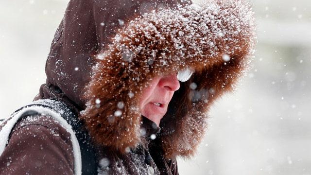 Winter storm warnings in effect across Midwest, Northeast