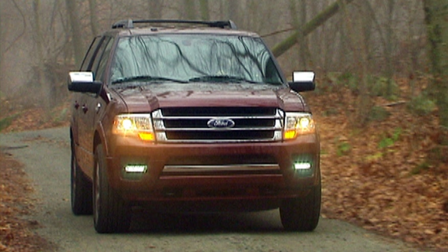 Fox Car Report's Gary Gastelu checks out the turbocharged 2015 Ford Expedition.