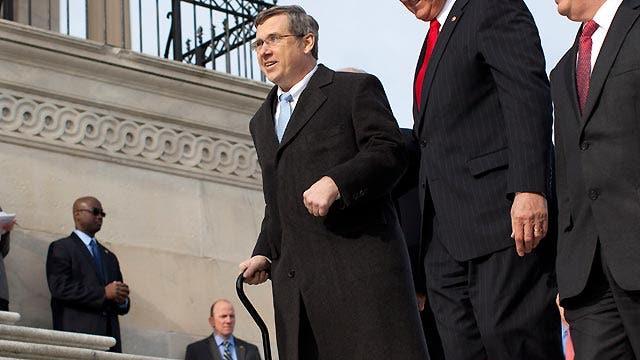 Lawmaker returns to Congress after debilitating stroke
