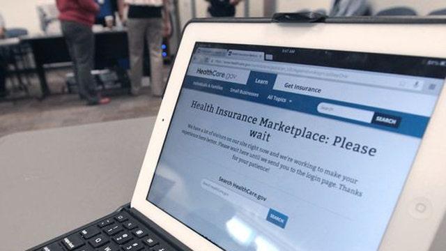 Uninsured Americans rate health insurance exchange websites