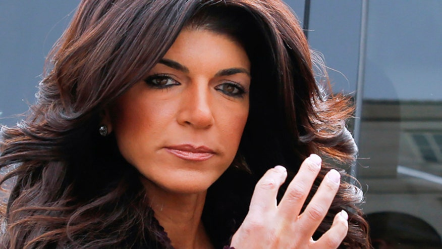 'Real Housewives' star Giudice heads to prison