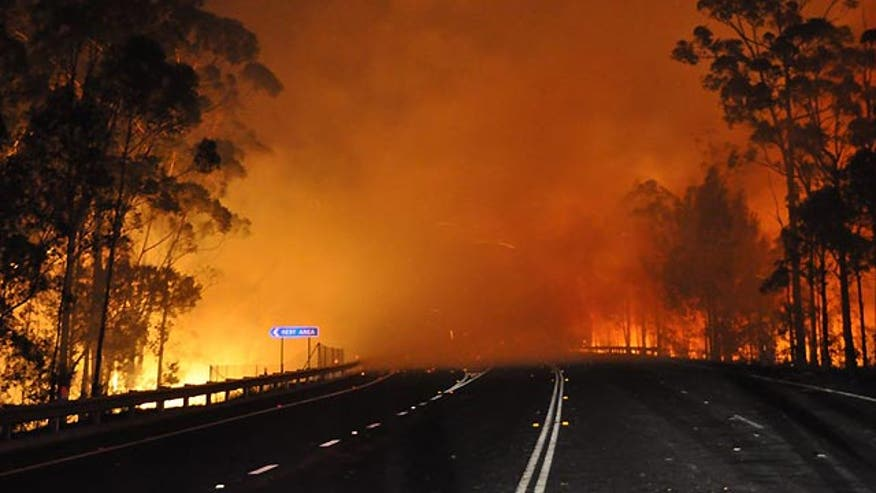 Crews battle over 100 bushfires in Australia