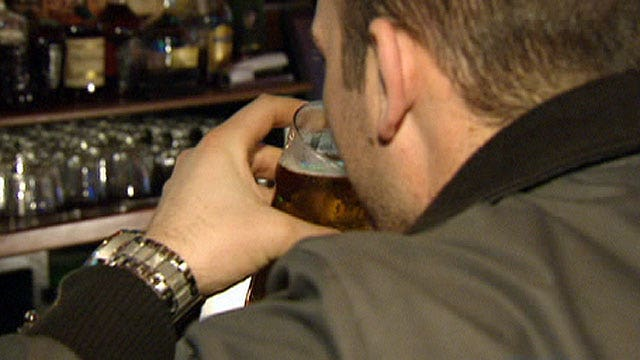 Study Says Going To The Bar Boosts A Man S Mental Health