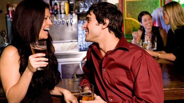 how to start a message online dating