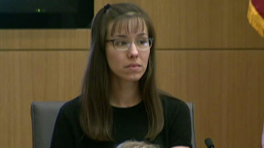 In surprise move, Jodi Arias takes stand in her murder trial