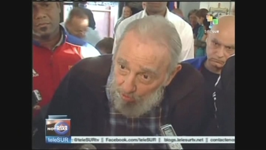 Cuba's former leader Fidel Castro has praised Venezuela's ailing President Hugo Chavez for his contribution to the region.