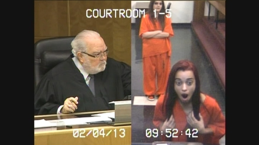 Woman sentenced to 30 days in jail after flipping off a judge during a hearing.