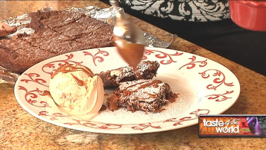 Are you ready to surprise your loved ones with this delicious dessert recipe? Brownie and dulce de leche is the perfect combination for this Valentine's day. Enjoy!