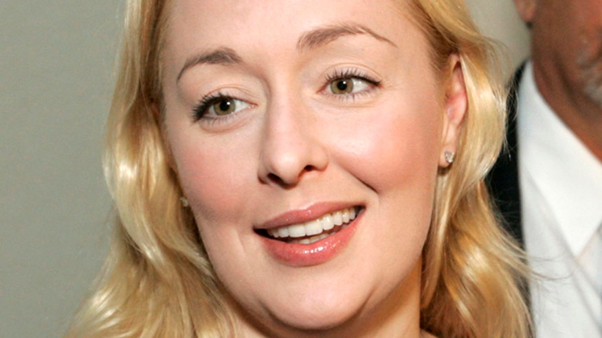 Country music stars took to Twitter to express their sadness over the sudden death of Mindy McCready.