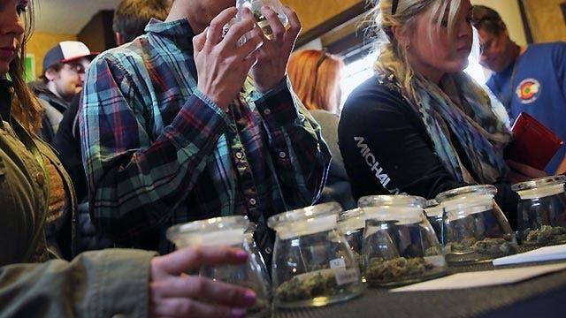 GOP lawmakers move to ban welfare money at marijuana dispensaries