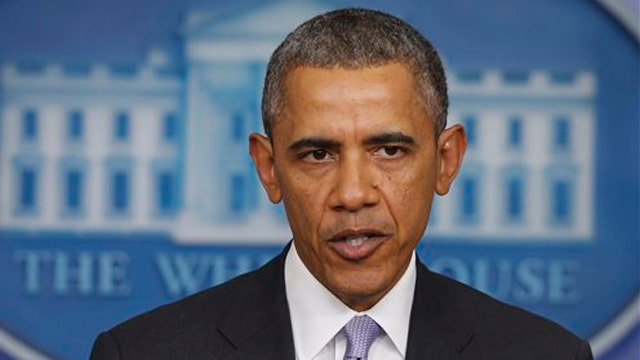 Obama warns Russia about military intervention in Ukraine