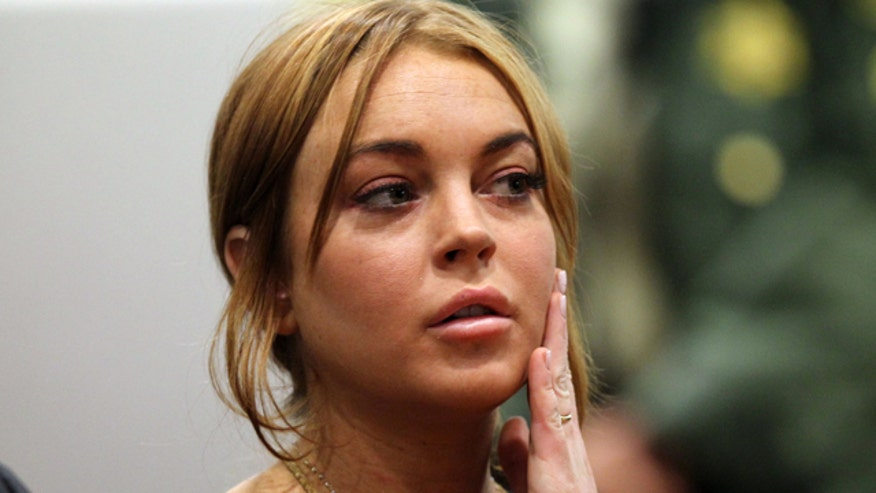 Lindsay Lohan so confident she won't go to jail, she turns down rehab plea bargain