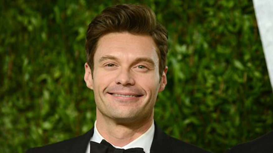 Julianne Hough and Ryan Seacrest call it quits