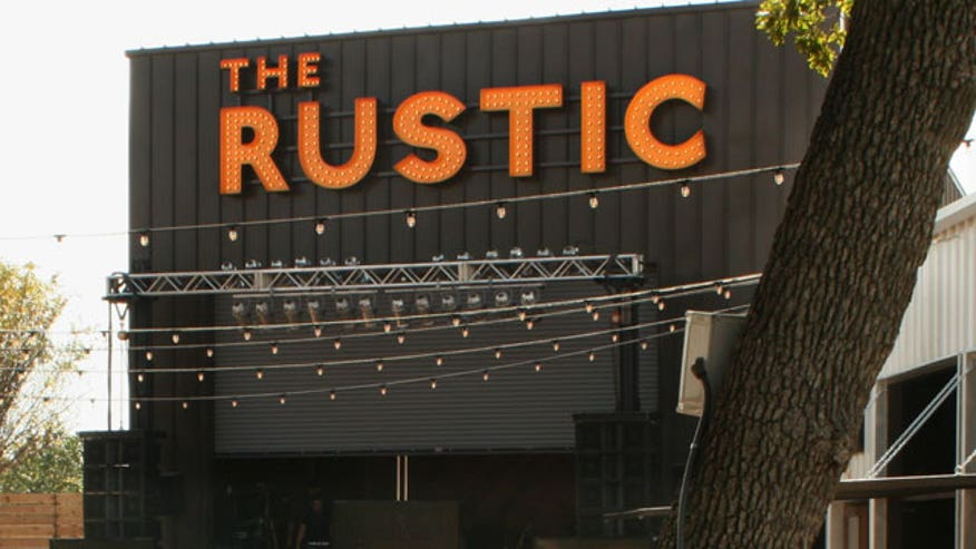 Pat Green's The Rustic in Dallas offers hometown music and good old Texas comfort food.