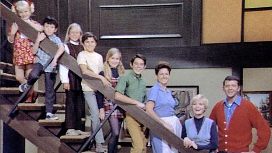 Pop-U-List: On-screen, Brady romances were rated G. Off-screen,the 60's family couldn't keep their hands off each other.