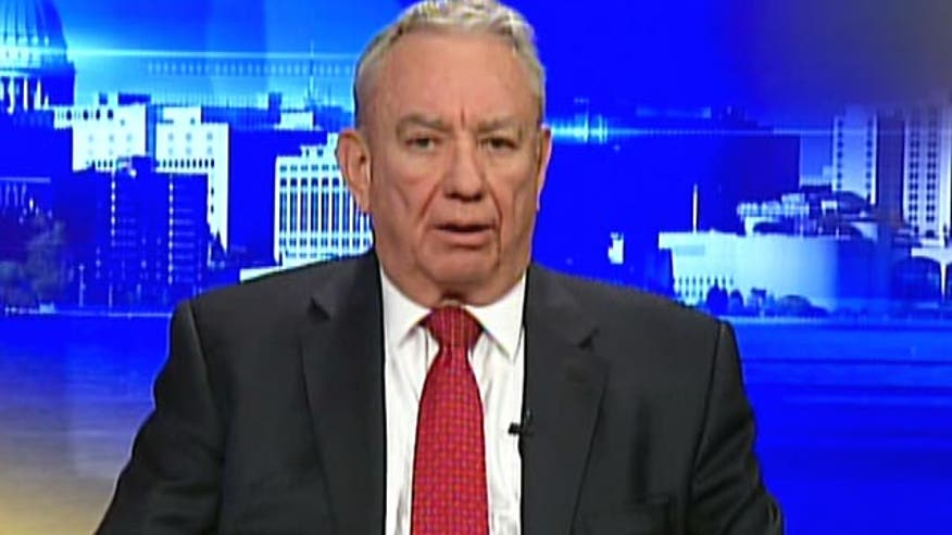 Former HHS secretary Tommy Thompson sounds off on Kathleen Sebelius' resignation, whether she was really doing the job or following orders with ObamaCare