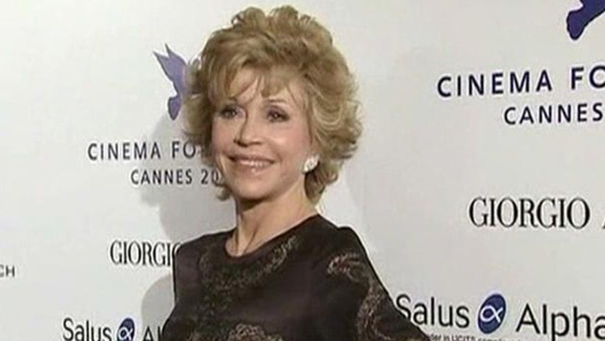 Controversial actress plays Nancy Reagan