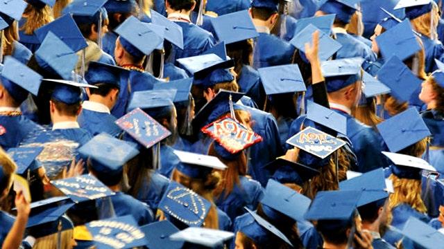 Feds set to net billions off college loans