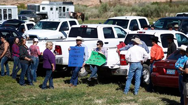 Mack: Women Chose To Be At Bundy Ranch Front