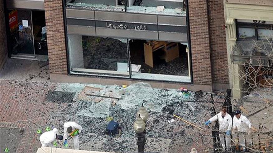 Officials circulating pictures of those likely behind Boston attack