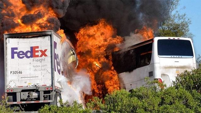 911 call reveals chaos following California bus crash