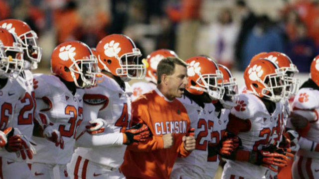 Lou Holtz on atheists' attack on Clemson football